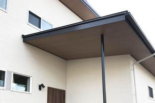 茅ヶ崎市 木と鉄が融合した家のイメージ